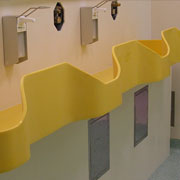 żółte umywalki